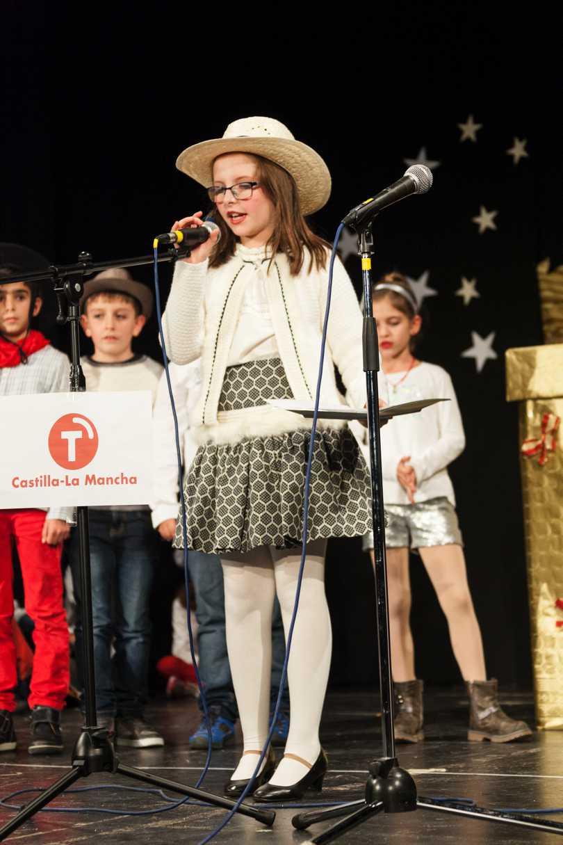 Los niñ@s de Catequesis han organizado, coordinados por sus catequistas, diferentes actividades para celebrar la Navidad.