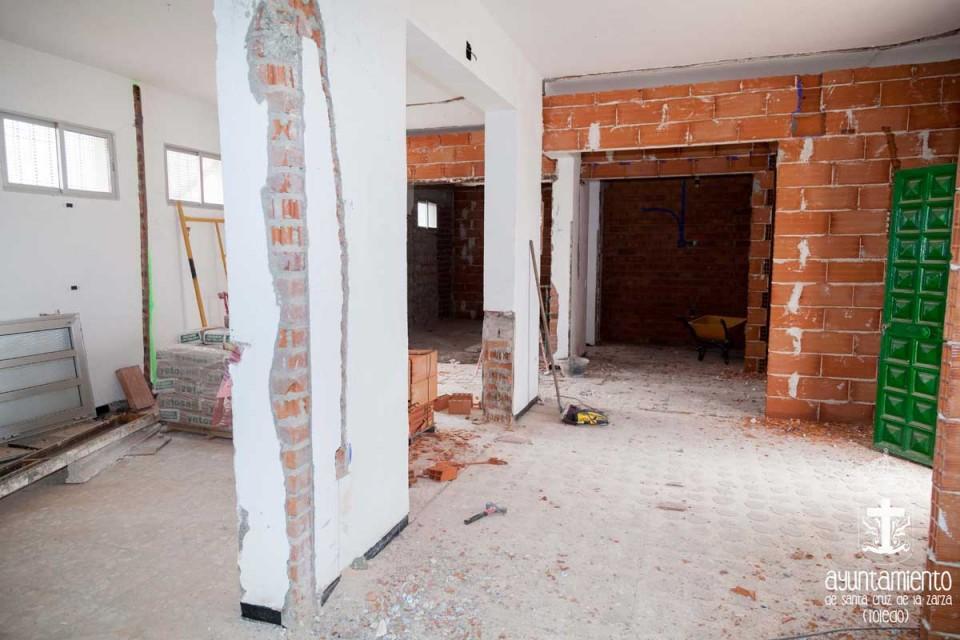 Obras de acondicionamiento del vestíbulo y vestuarios de la piscina municipal