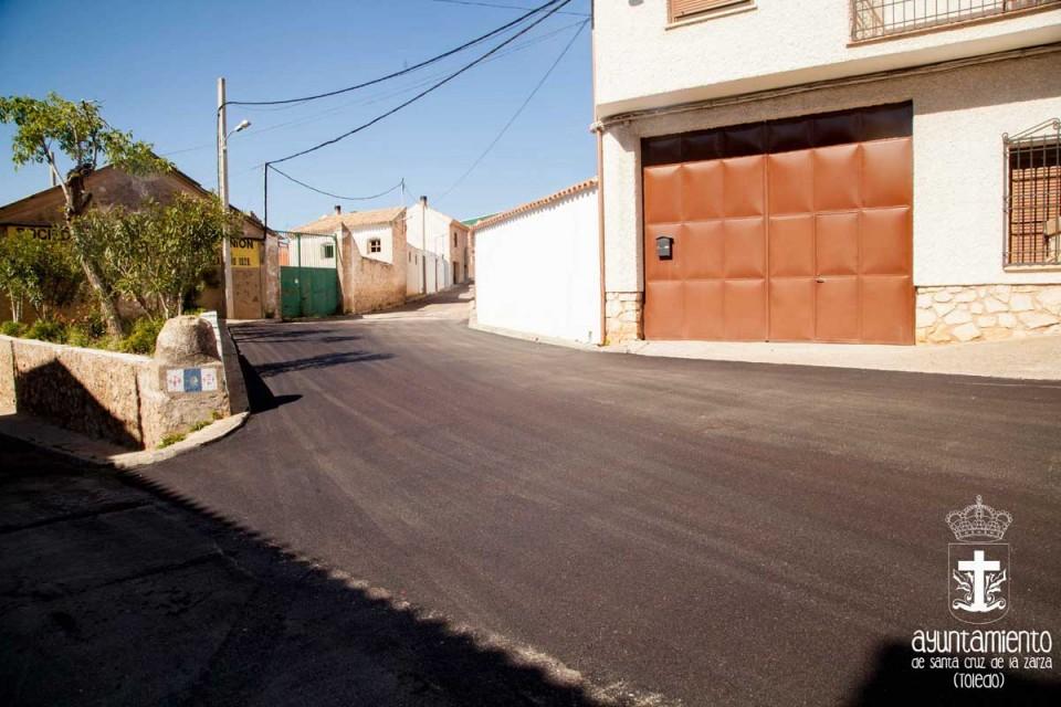 Obras de asfaltado y reposición de firme de diversas calles de la Localidad
