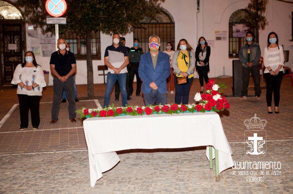Finalización de los diez días de Duelo Oficial por las Víctimas del COVID-19. Homenaje de la Corporación Municipal y representantes de la Sociedad Santacrucera